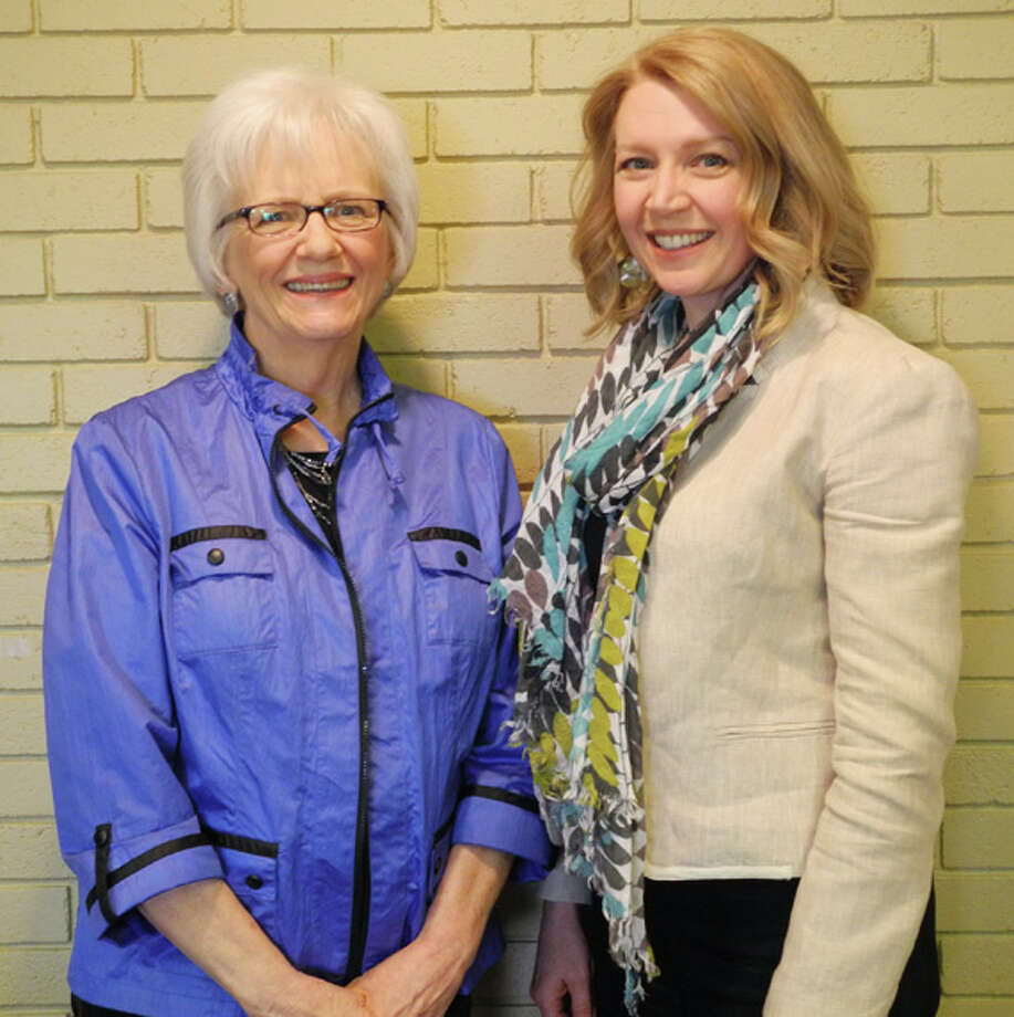 Carole Bell, a Plainview writer and former counselor, with her daughter Teri D. Jones. Jones, who has a passion to rescue victims of human trafficking, spoke at the Soroptimists' meeting Thursday. Photo: Gail M. Williams | Plainview Herald