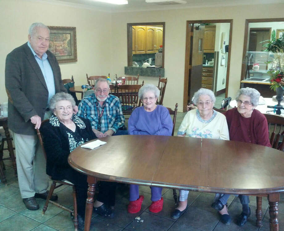 Homer Marquez/Plainview HeraldReminded of dust storms from the past, locals Joe Keeter, Clara McCain, Billy Cate, Vera Jo Bybee, Daisy Law and Loraine Meriwether recall Dust Bowl memories from the 1930s.