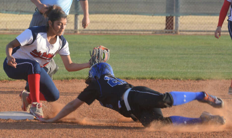 Plainview second baseman Averee DeLuna puts the tag on a San Angelo Lake View runner attempting to steal a base for the final out of the third inning in a District 4-4A softball game at Lady Bulldog Park Friday. Plainview won the game, 16-1. Photo: Skip Leon/Plainview Herald