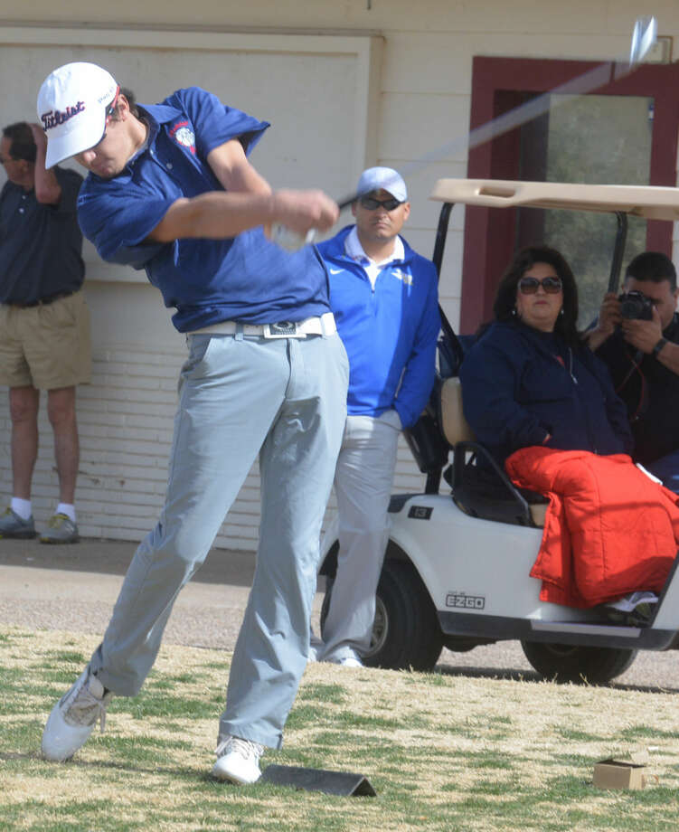 Plainview's Ryan Edwards tees off during a golf tournament earlier this season. Edwards, the team's only senior, shot a 76 to lead the Bulldogs into second place in the second District 4-5A round at Plainview Country Club Thursday. Photo: Skip Leon/Plainview Herald