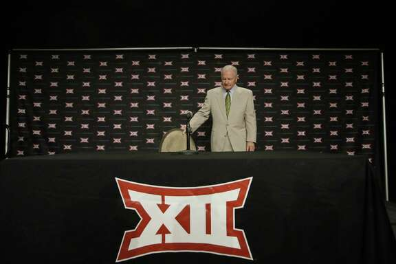 Baylor head coach Jim Grobe arrives to speak to reporters during the Big 12 college football media days in Dallas, Tuesday, July 19, 2016. (AP Photo/LM Otero)