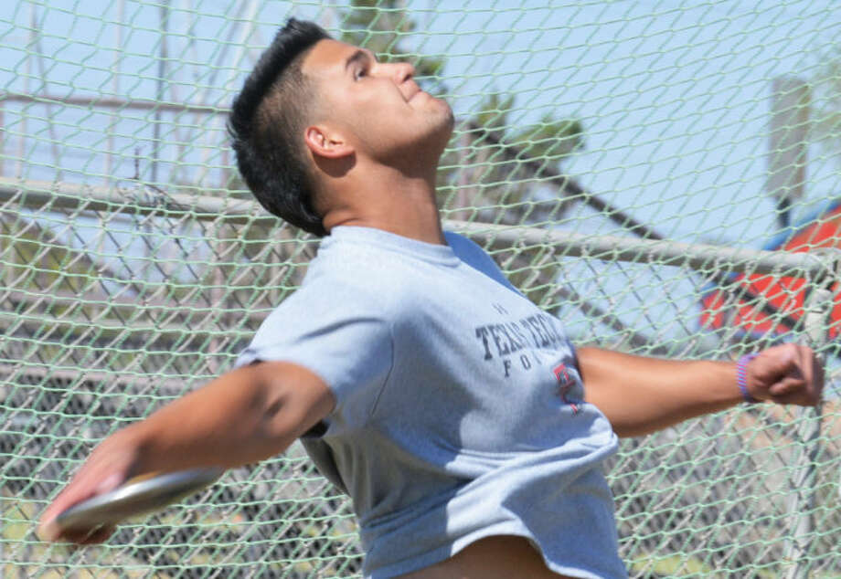 Plainview senior Kade Young unleashes a discus throw during practice this week. Young set an area record last week and is looking to qualify for the state meet at the Region 1-4A Championships in Abilene Friday and Saturday. Photo: Skip Leon/Plainview Herald