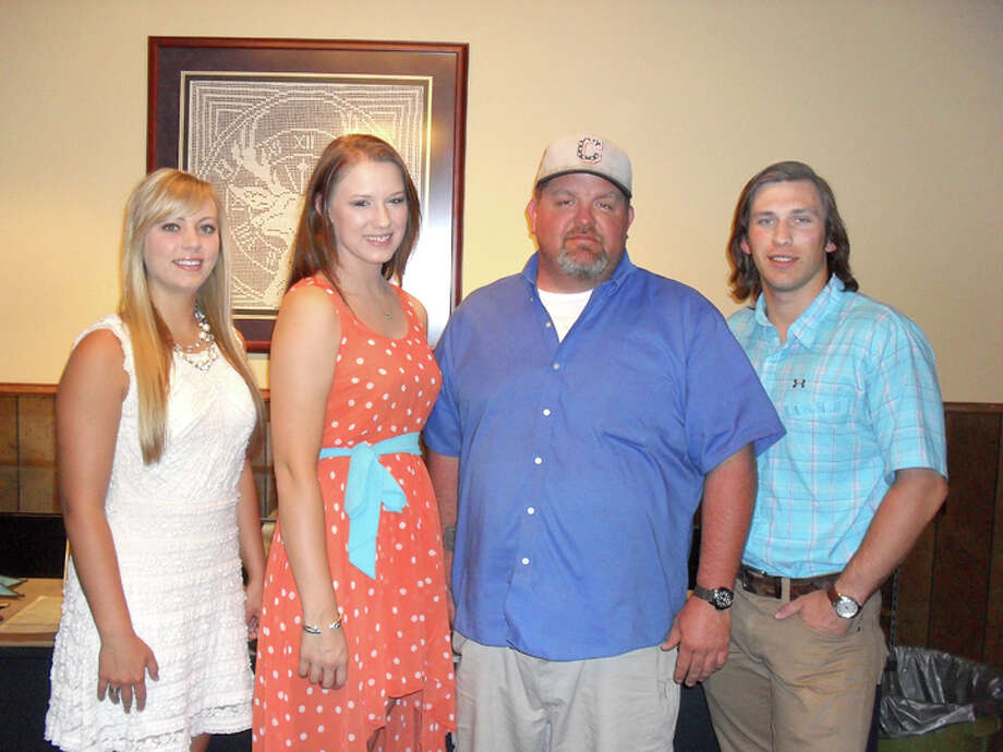 Courtesy PhotoPlainview Elks Exalted Ruler Cody Lindeman (center right) awards scholarships from the Plainview Elks Lodge #1175 to Hannah Smith (left), daughter of Kyle and Shelly Smith; Letti Cheyne, daughter of Tom and Sherri Cheyne; and Cody Lindberg, son of Dana Lindberg and John and Stephanie Lindberg. Each received $400 scholarships from the lodge. The scholarship program is open to both high school seniors and college students. / COPYRIGHT, 2009