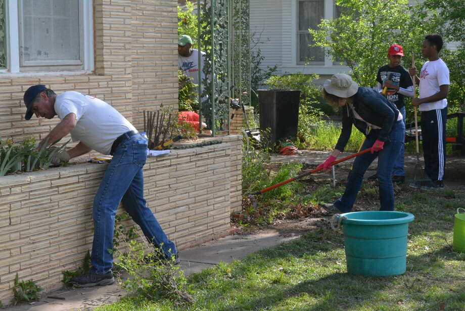 On Saturday, members of the community got to work as a part of the Habitat for Humanity's new neighborhood projects. Photo: Homer Marquez/Plainview Herald