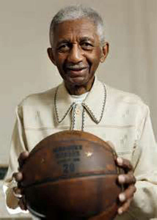 Former Harlem Globetrotter great Marques Haynes died at the age of 89 recently. Haynes was noted for his ballhandling skills and taught many of the Globetrotters' ballhandling routines to the Wayland Baptist University Flying Queens in the 1950s. Photo: Courtesy Photo