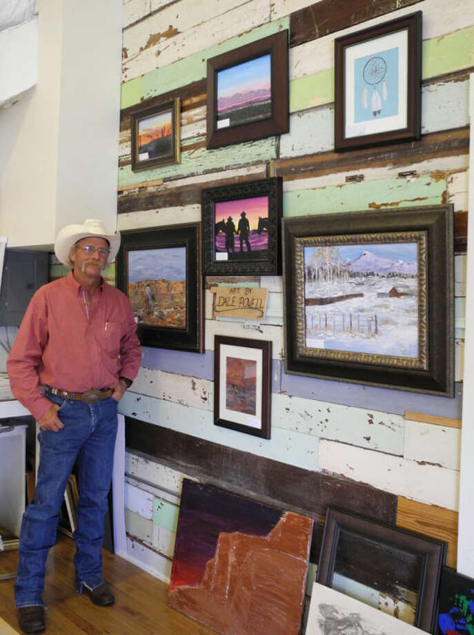 Artist Dale Powell displayed his works at Talens at Artwalk Plainview Friday. Photo: Gail M. Williams | Plainview Herald