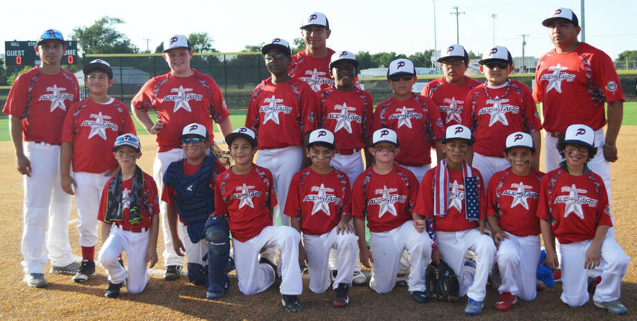 The Plainview 9-10-year-old all-star baseball team won the district championship Tuesday night with an 8-7 victory over High Plains Blue in Gruver. The local contingent begins play Saturday afternoon in the state tournament in Levelland. Photo: Courtesy Photo