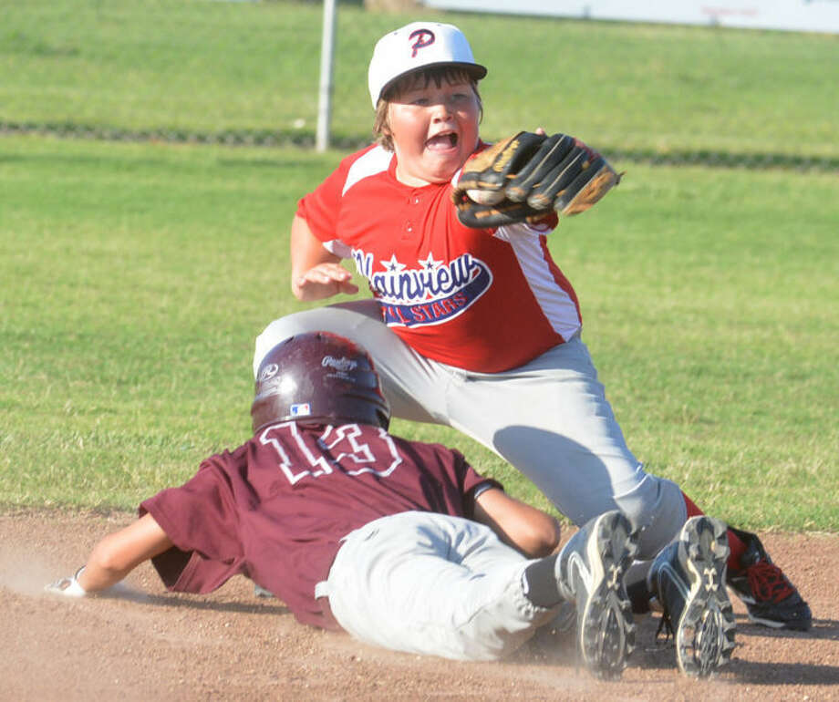 Plainview Red second baseman Landry Thornton covers second base in a game against Hereford during the 11-12-year-old 70-foot district tournament. The Plainview Red all-star team won one of three games in the state tournament at Pampa. Photo: Skip Leon/Plainview Herald