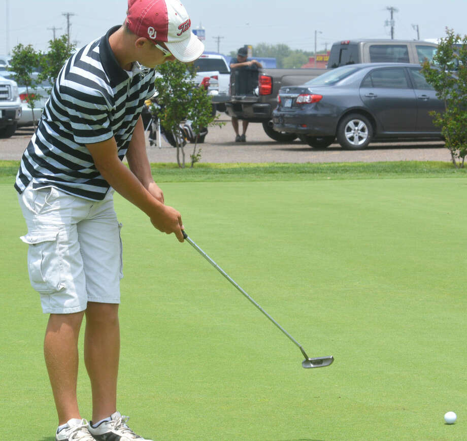 Peyton McNutt practices his putting on the practice green at the Plainview Country Club this week. The Plainview High School Junior Golf Camp for boys and girls is still taking registration. The camp will run Tuesday through Thursday. Photo: Skip Leon/Plainview Herald