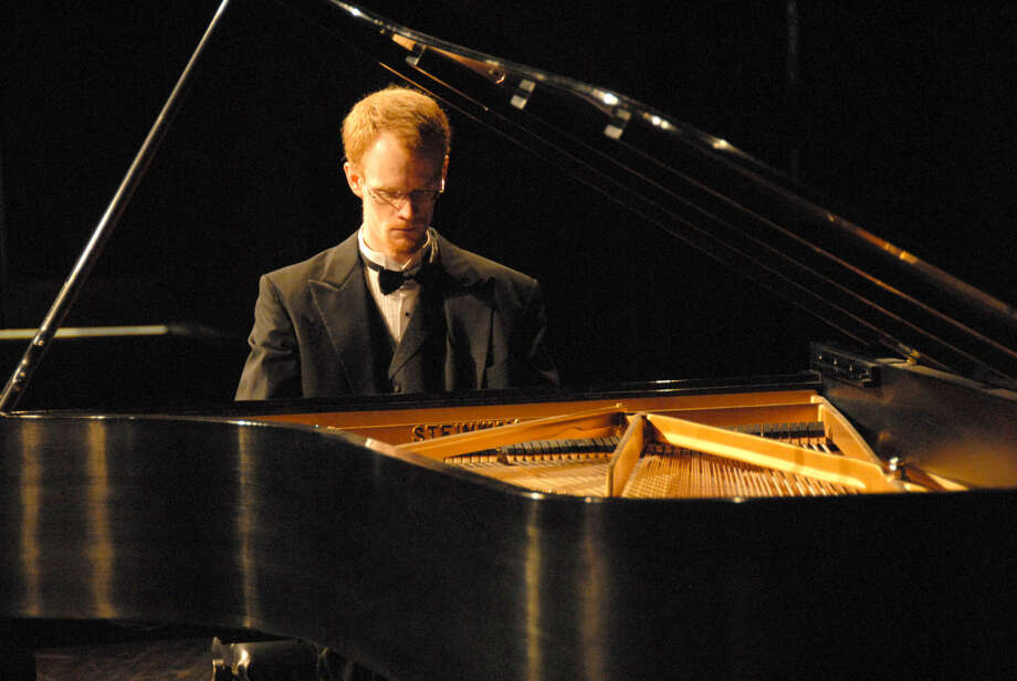 Jonathan Petty/Wayland Baptist University Dr. Richard Fountain, associate professor of collaborative piano at Wayland Baptist University, will perform in a faculty recital in preparation for his upcoming performance dates where he will be the featured guest at three Steinway Hall locations.