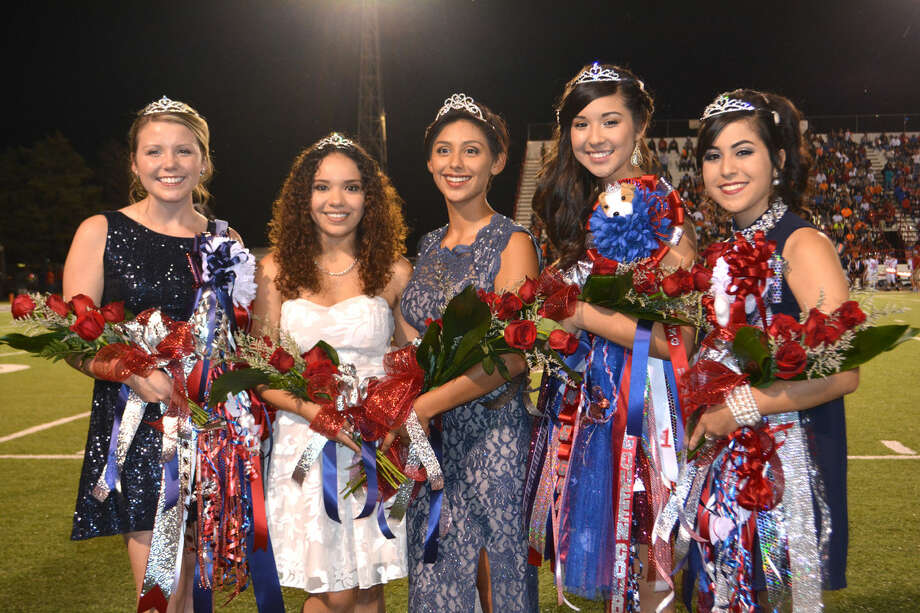 BULLDOG ROYALTYDoug McDonough/Plainview HeraldCassandra Delgado (center), Plainview High School's 65th Homecoming Queen, is surrounded by her court, Princesses Jaci Wirth (left), Arianna Perez, Caitlyn Isaquirre and Alyssa Perez. Delgado's selection was announced during halftime at Friday night's PHS football game against Dumas. Delgado is the daughter of Jesus and Leslie Delgado and is head drum major of the Powerhouse of the Plains Band. She is a four-year member of both PHS Cross Country and PHS Varsity Track, and in the Plainview Symphony Debutantes program.