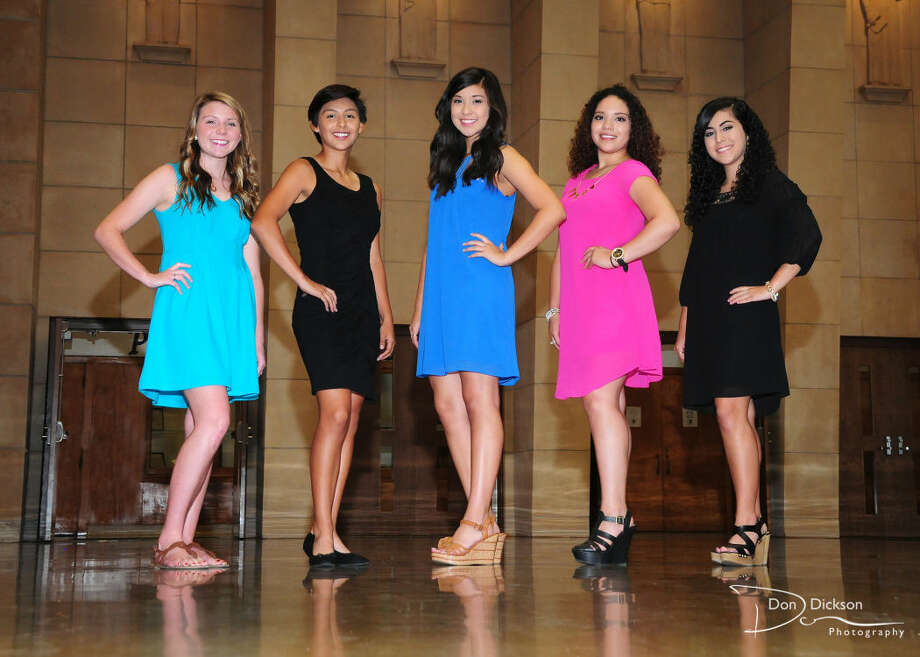 Members of the Plainview High School Homecoming Court include Jaci Wirth (left), Cassandra Delgado, Caitlyn Isaquirre, Arianna Perez and Alyssa Perez. Photo: Courtesy Photo/Don's Photography
