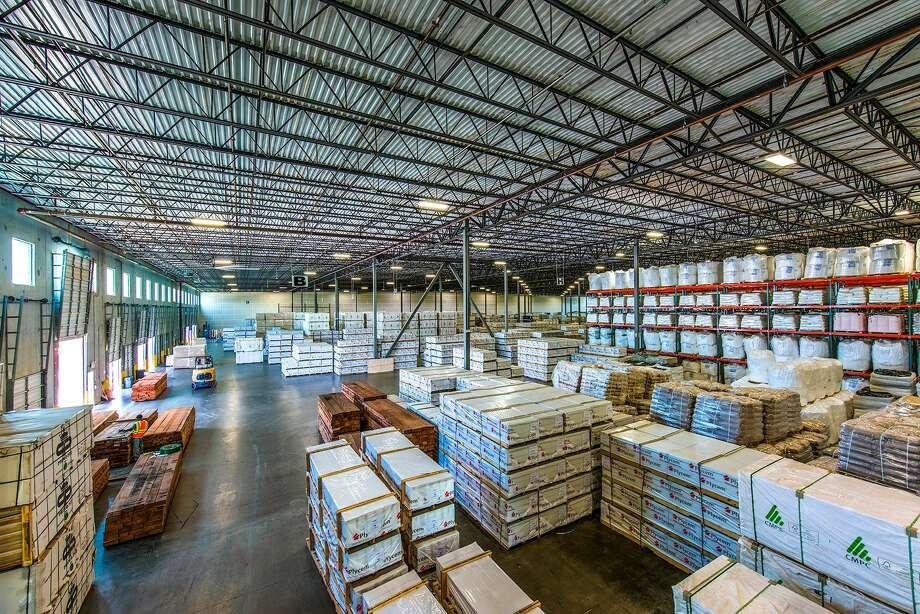 Dunavant Enterprises provides warehousing, trucking, drayage and global logistics management services. (Dunavant Enterprises photo)