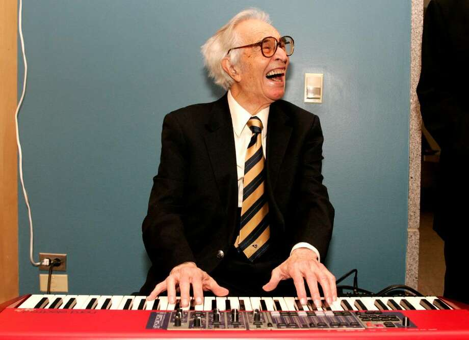 Jazz musician Dave Brubeck plays a keyboard at his induction with 12 other honorees into the 2008 California Hall of Fame at The California Museum on December 15, 2008 in Sacramento, California. Brubeck performs Thursday at the Palace Theatre in Stamford. Photo: File Photo / Stamford Advocate File Photo