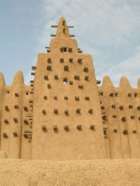 Lack of conservation in Mali has led UNESCO to place the Old Towns of Djenné, important in the spread of medieval Islam and an ancient center of the gold trade, on the World Heritage in Danger list. Photo: Francesco Bandarin