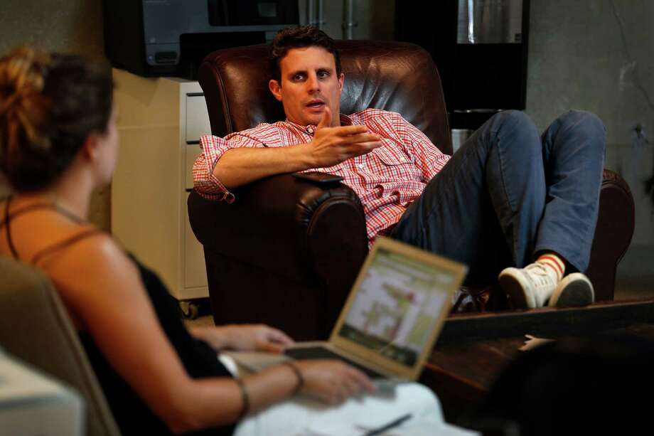 Dollar Shave Club founder Mike Dubin will stay on as CEO after the buyout by Unilever closes. Photo: Rick Loomis, MBR / Los Angeles Times