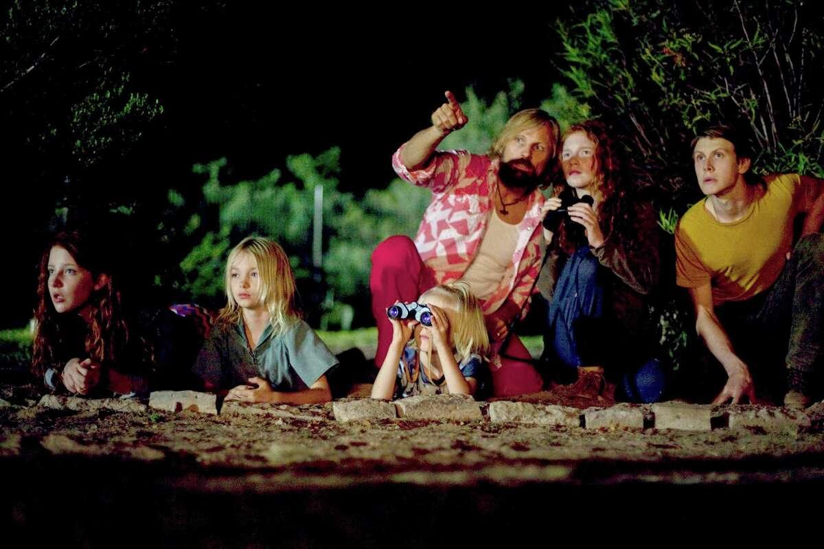 "Samantha Isler (from left), Shree Crooks, Viggo Mortensen, Charlie Shotwell, Annalise Basso and George MacKay star in ""Captain Fantastic."""