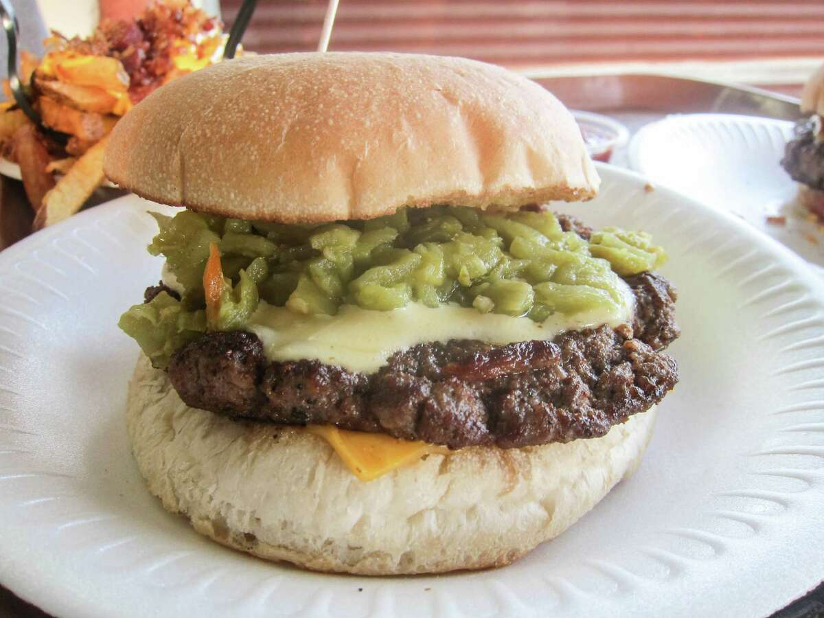 Hatch green chile burger at Hubcap Grill