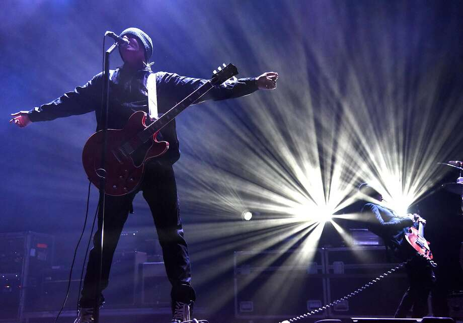 Stephan Jenkins of Third Eye Blind at a Sacramento show in December. Photo: Tim Mosenfelder, Getty Images