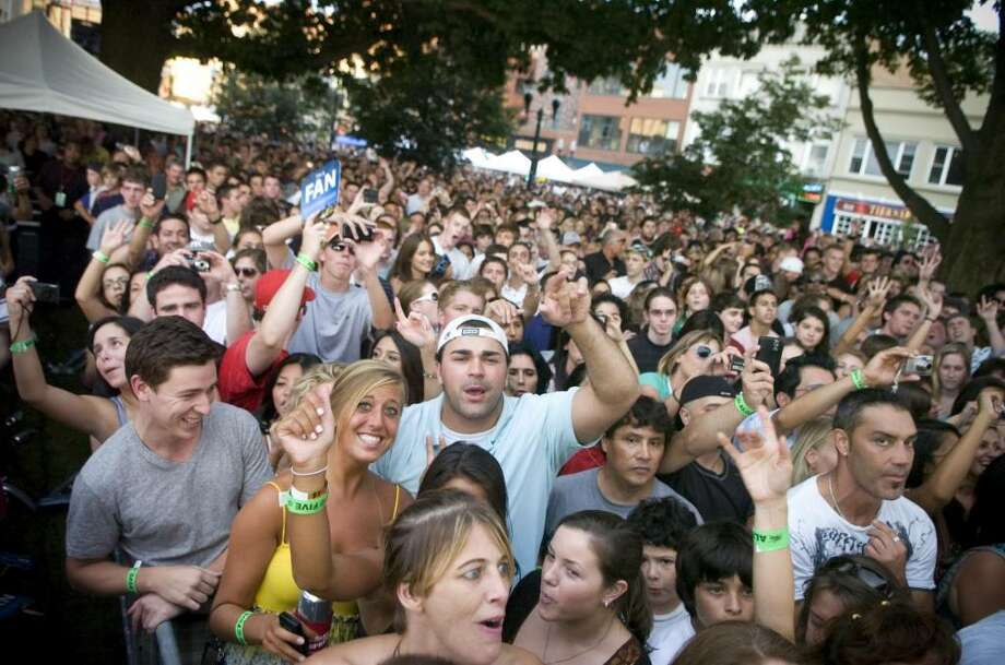 Fans cheer as Mark McGrath and Sugar Ray performs at during Alive@Five in Stamford, Conn. on Thursday, Aug. 6, 2009. Photo: File Photo / Stamford Advocate File Photo
