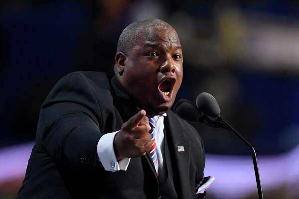 Pastor Mark Burns speaks during the final day of the Republican National Convention in Cleveland, Thursday, July 21, 2016. (AP Photo/Mark J. Terrill) ORG XMIT: RNC320