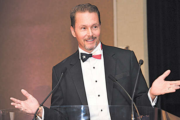 GSABA President Steve Louis welcomed members to the 2016 Summit Awards July 16.
