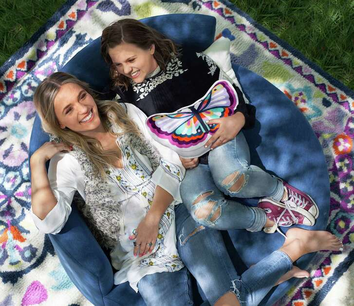 "Lennon and Maisy Stella, sisters who play sisters on ABC's ""Nashville,"" have a new line of home furnishings with Pottery Barn's PBTeen."