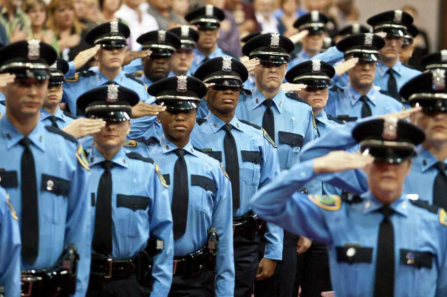 police officer candidates and essays If situational essays clothes and demeanor influence police officer behavior answering situational questions in police promotional examinations.