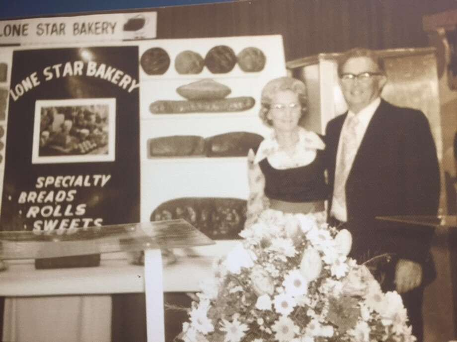 Wilma and Mac Morris Sr. owned the Lone Star Bakery at 900-902 E. Commerce Street during the late 1950s. It was one of several small neighborhood stores that sold fresh bread and treats. Photo: Courtesy /Tracy Fletcher