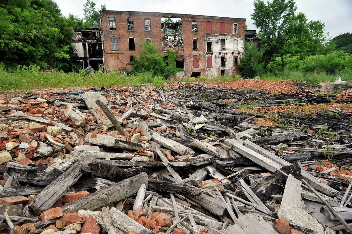 Here are more abandoned buildings in the Capital Region . The former Thompson textile mill in Valley Falls.