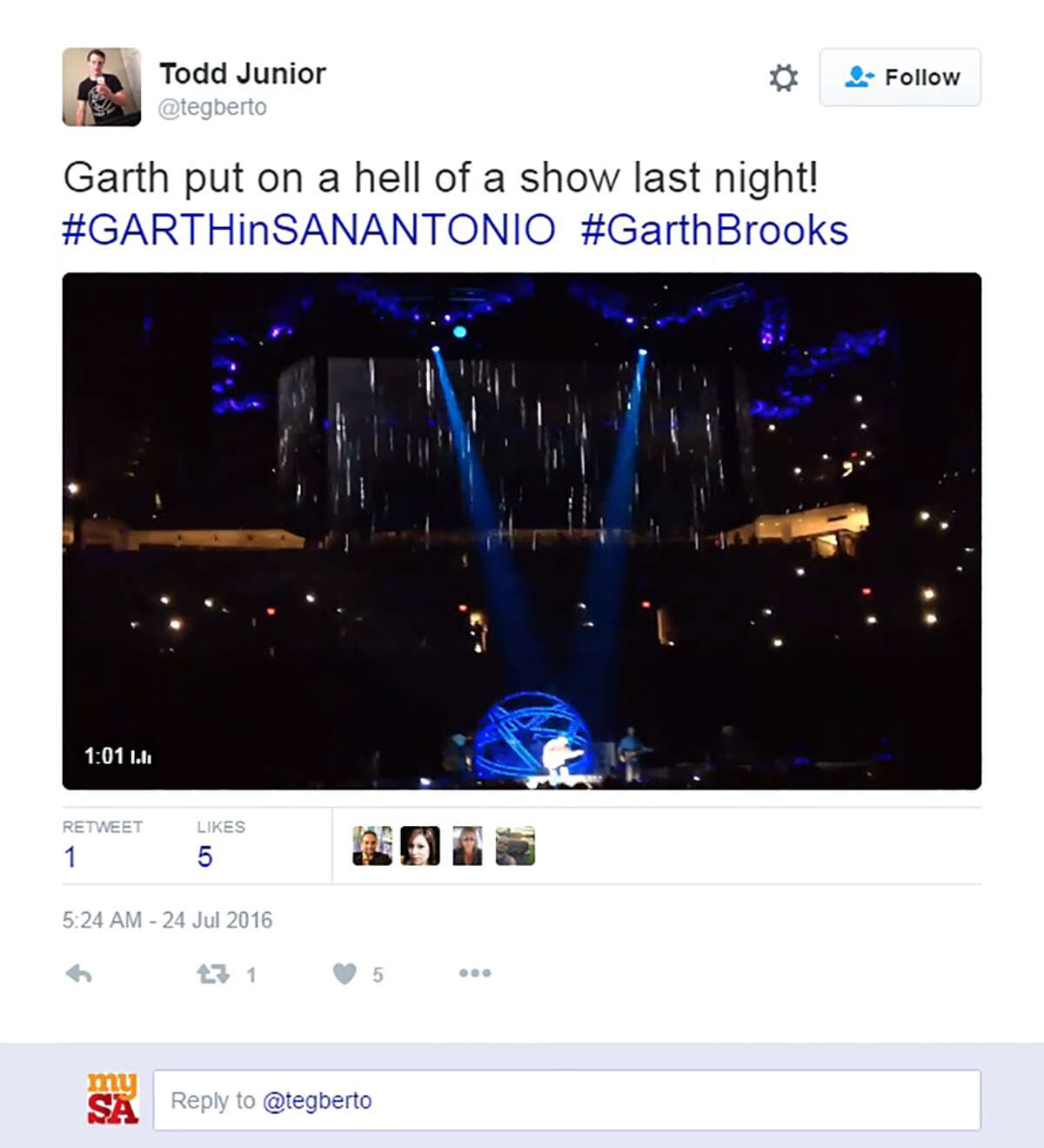 Garth Brooks fans hit social media to Tweet appreciation for his San Antonio shows.