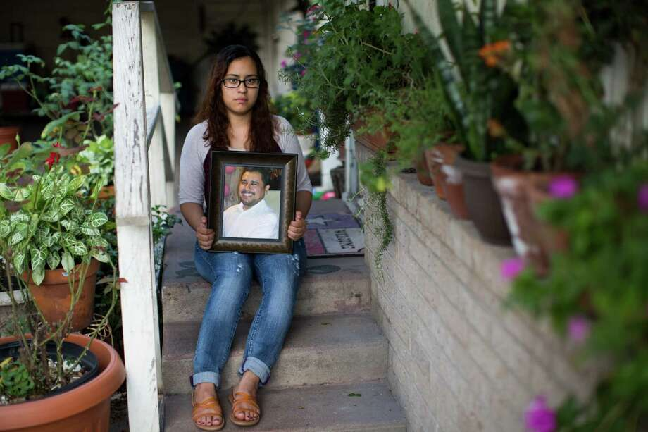 Karen Olvera's DNA helped locate the remains of her uncle, Adalberto Chávez, who went missing in 2008. Photo: Marie D. De Jesus, Staff / © 2016 Houston Chronicle