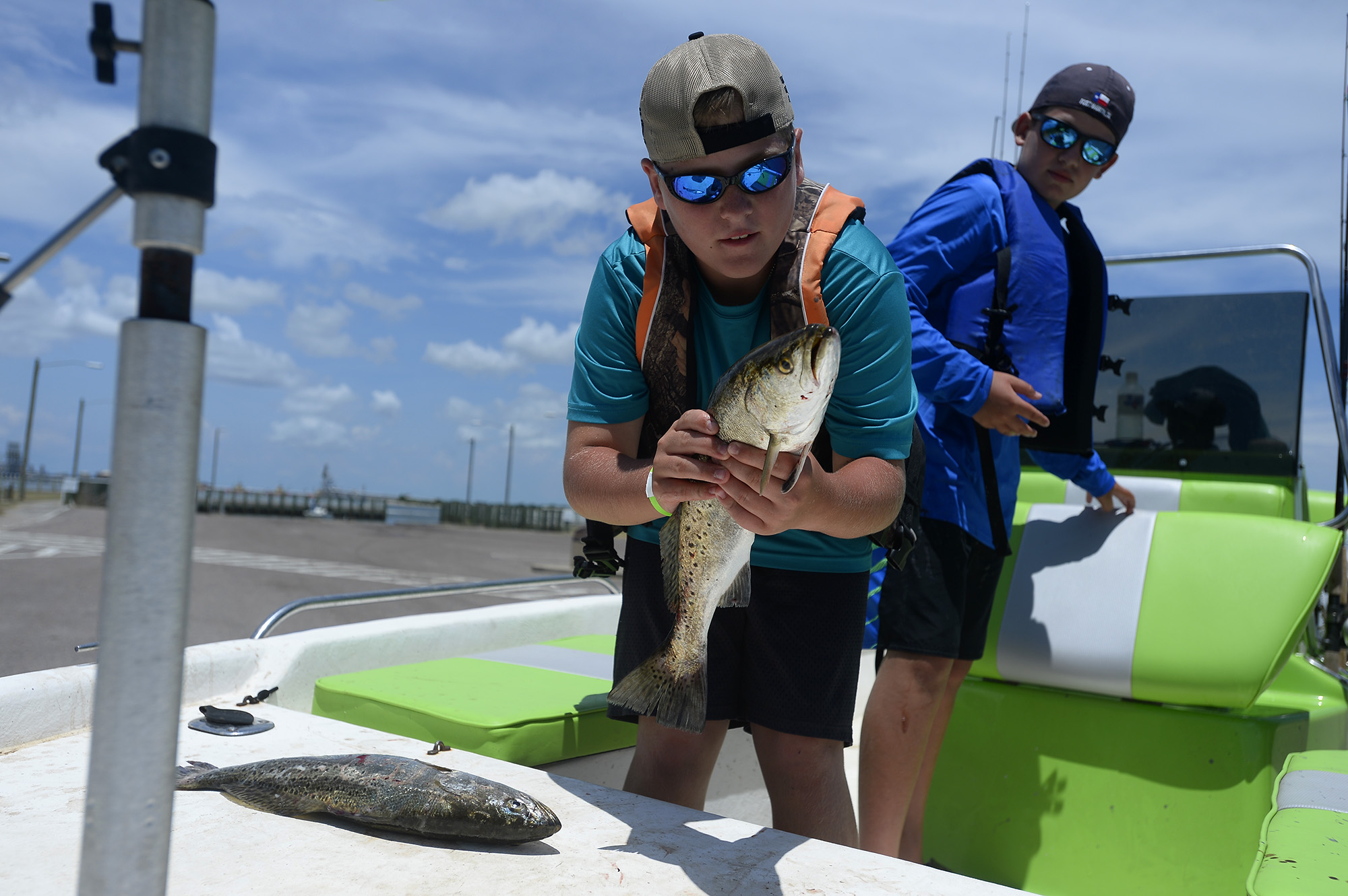 Jefferson county cops reel in 100k during fishing for Sabine pass fishing report