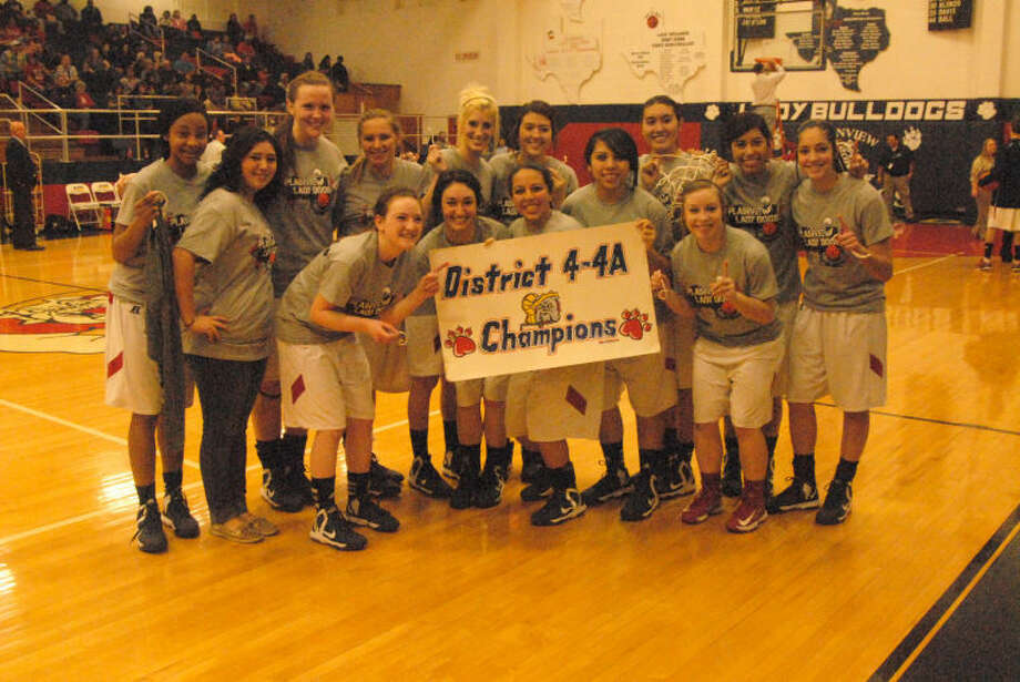 The Plainview Lady Dogs won the district championship outright Friday night after defeating the Lakeview Maidens 67-20. Photo: Doug McDonough/Plainview Herald