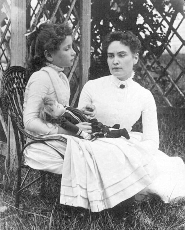 Helen Keller with Anne Sullivan at Cape Cod in July 1888.