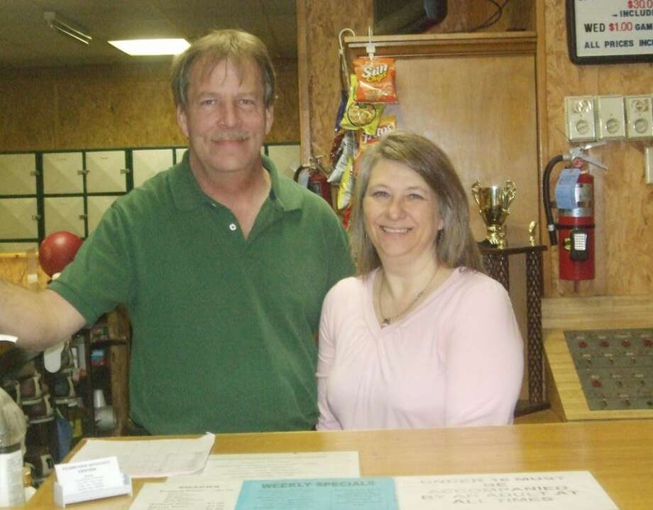 Jessica Thornton/Plainview HeraldMark and Gwene Waters are the new owners of the Plainview Bowling Center, 2002 N. Quincy.