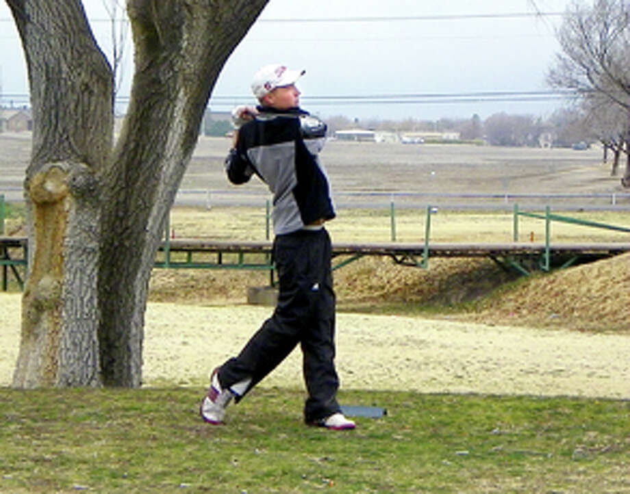 Plainview High School junior Trent Kinkaid (aka Kinks) tees off during Friday's round of the Plainview Invitational. Kinkaid shot a 1-over-par 72 to lead the Bulldogs to a team score of 306, which stood third behind the 298s posted by Frenship and Amarillo High. The tournament concluded Saturday. Photo: Courtesy Photo By Betsy Lewis