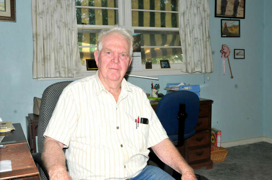 As a sonar and radar specialist, Dr. Bill Davis served proudly on board the USS Signet during the Pacific campaign of World War II,