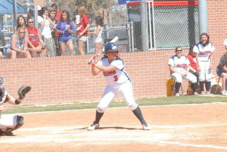 Homer Marquez/Plainview HeraldLady Dog Jackie Perez eyes the pitch during a recent ballgame in Plainview.