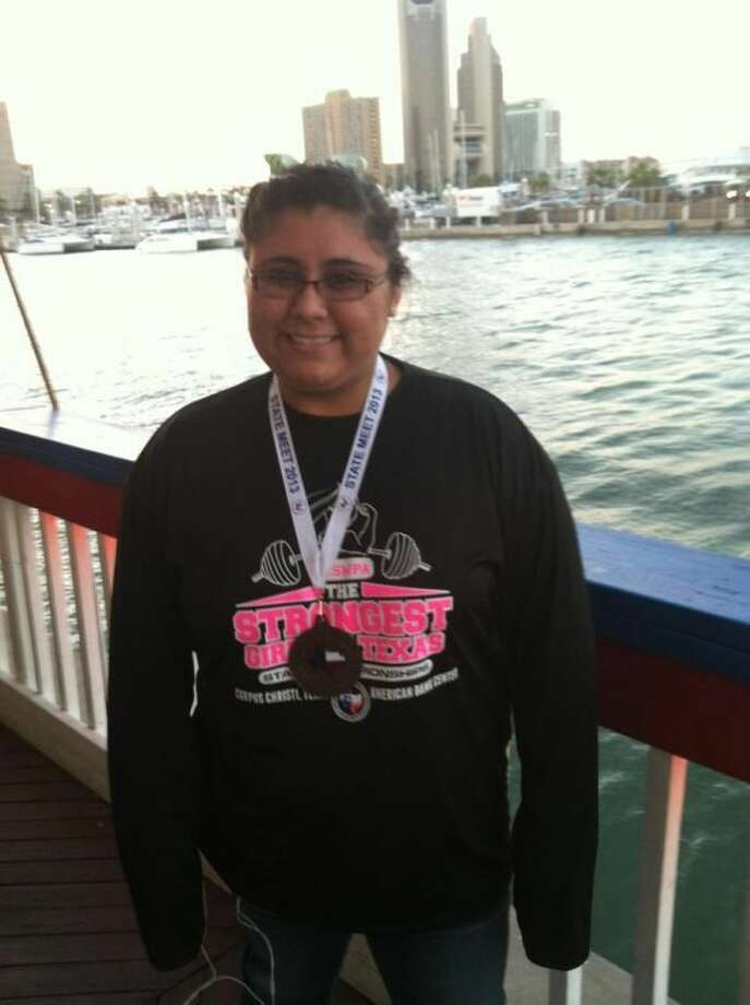 Lady Dog junior Nikki Chaves brought home a state medal during the conclusion of the girls' powerlifting season in Corpus Christi. Photo: Courtesy Photo