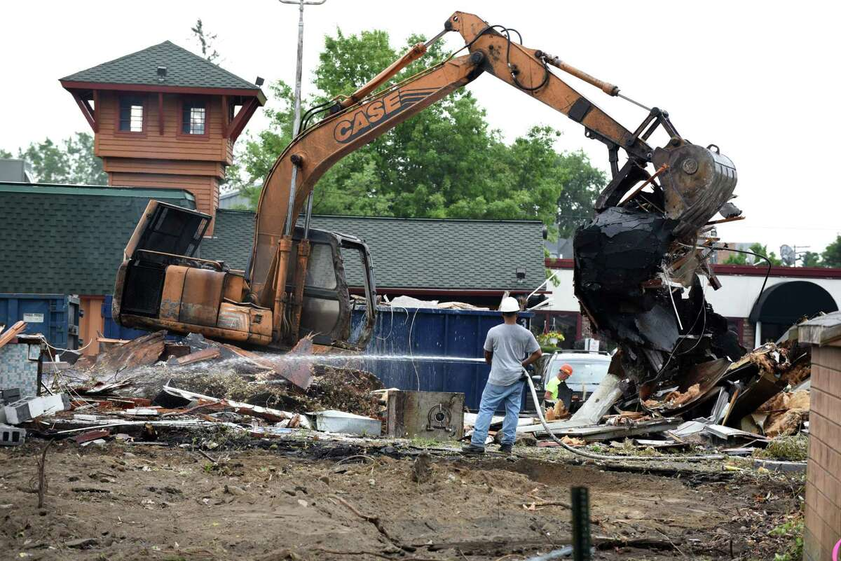L-Ken?'s restaurant on Central Avenue is torn down on Monday, July 25, 2016, in Colonie, N.Y. The restaurant has been vacant for years. (Will Waldron/Times Union)