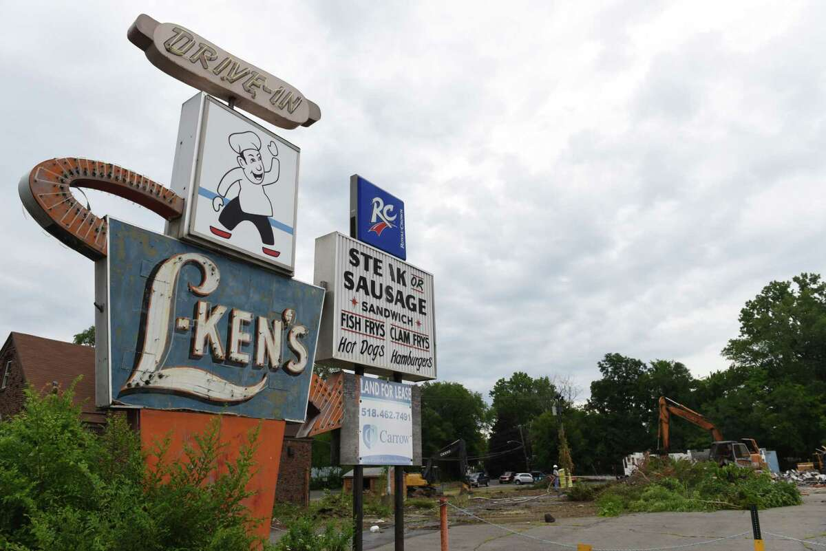 L-Ken?'s restaurant sign on Central Avenue on Monday, July 25, 2016, in Colonie, N.Y. The long vacant restaurant is being torn down. (Will Waldron/Times Union)
