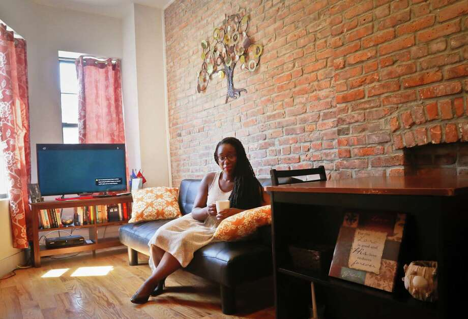 Vacasa Multifamily is helping apartment property managers turn vacant units into short-term rentals. Photo: Bebeto Matthews, STF / Copyright 2016 The Associated Press. All rights reserved. This material may not be published, broadcast, rewritten or redistribu