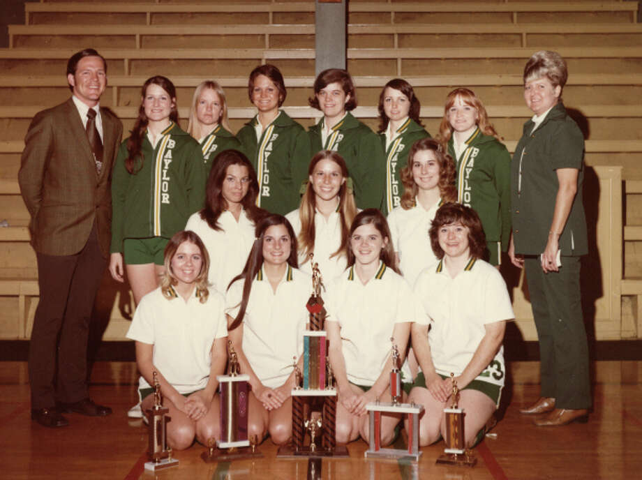 Sue Turner (second from right, back row) played for the Baylor Bearettes in the mid 1970s. Photo: Courtesy Photo