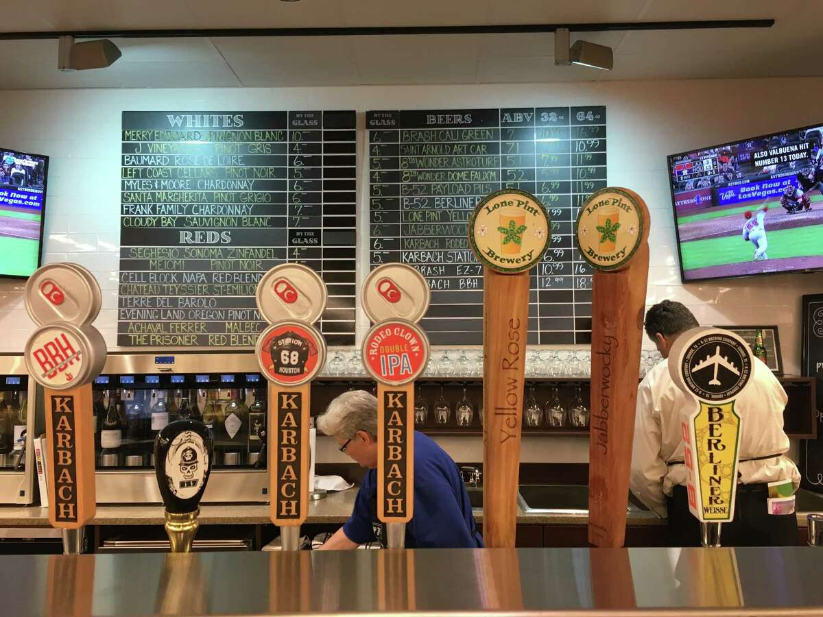 The Kroger on North Shepherd at 11th Street has opened an in-store bar that serves a variety of locally made beers.