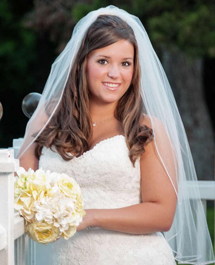 Mrs. Ross Brandon DeSoto (Sealey Anne Owen) Photo: Courtesy Photo