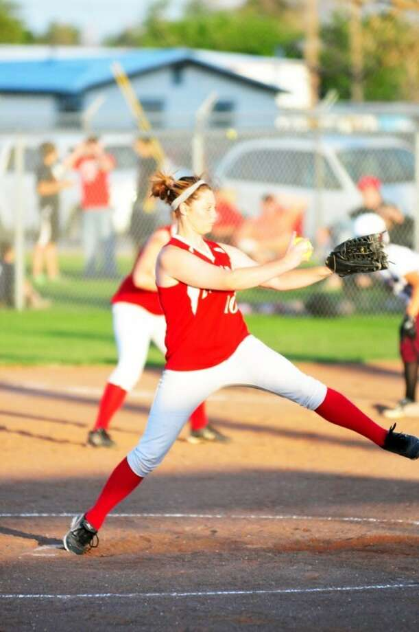 Lockney's Katie Jackson pitched back-to-back complete games Saturday in the Lady Longhorns' bi-district matchup against Clarendon. The sophomore hurler recorded 27 strikeouts on the way to Lockney's 6-1 and 12-3 victories. Lockney next faces Windthorst. Photo: Summer Morgan/Plainview Herald