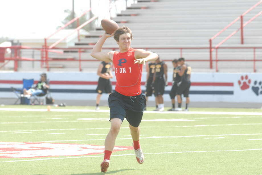 Junior Paxstyn Oldfield is one of the two frontrunners for the starting quarterback spot for the Bulldogs this season. Oldfield was the backup last year. Photo: Skip Leon/Plainview Herald