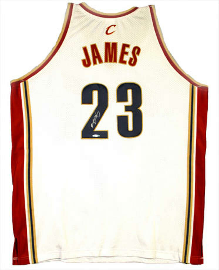 save off 3f86a 371dc lebron james jersey 2007