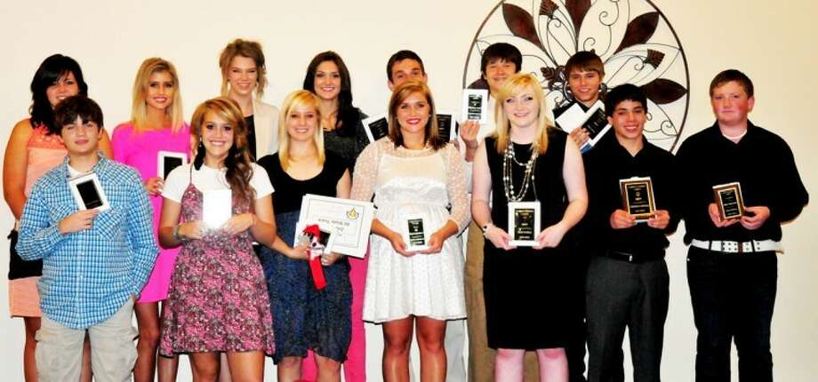 Plainview Christian 2011-12 sports banquet award winners were: (back, from left) TyAnne Battey, Cristen Bothwell, Claudia Lusk, Lauren Johnson, Alex Sisemore, Kenneth Landtroop, Dylan Hayes; (front) Jonah Quigley, Madison Ortega, Brittany Bradley, Audrey Sisemore, Kayla Steffens, Christian Leal-Cruz and Sean Steffens. Photo: Summer Morgan/Plainview Herald